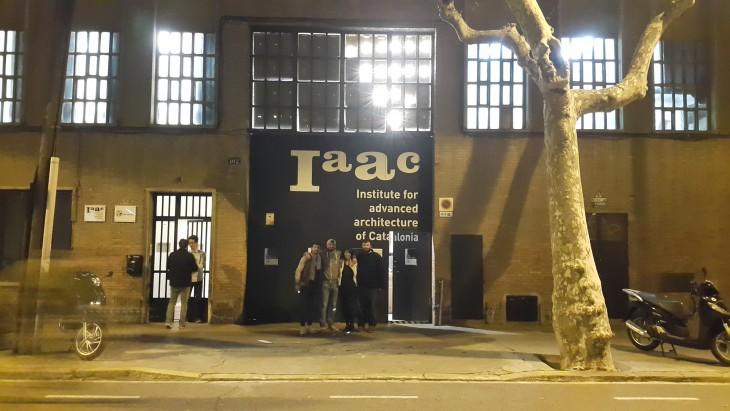 IAAC_Interactive facade(blink)