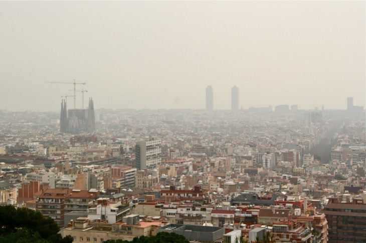 Barcelona - Air Polluted