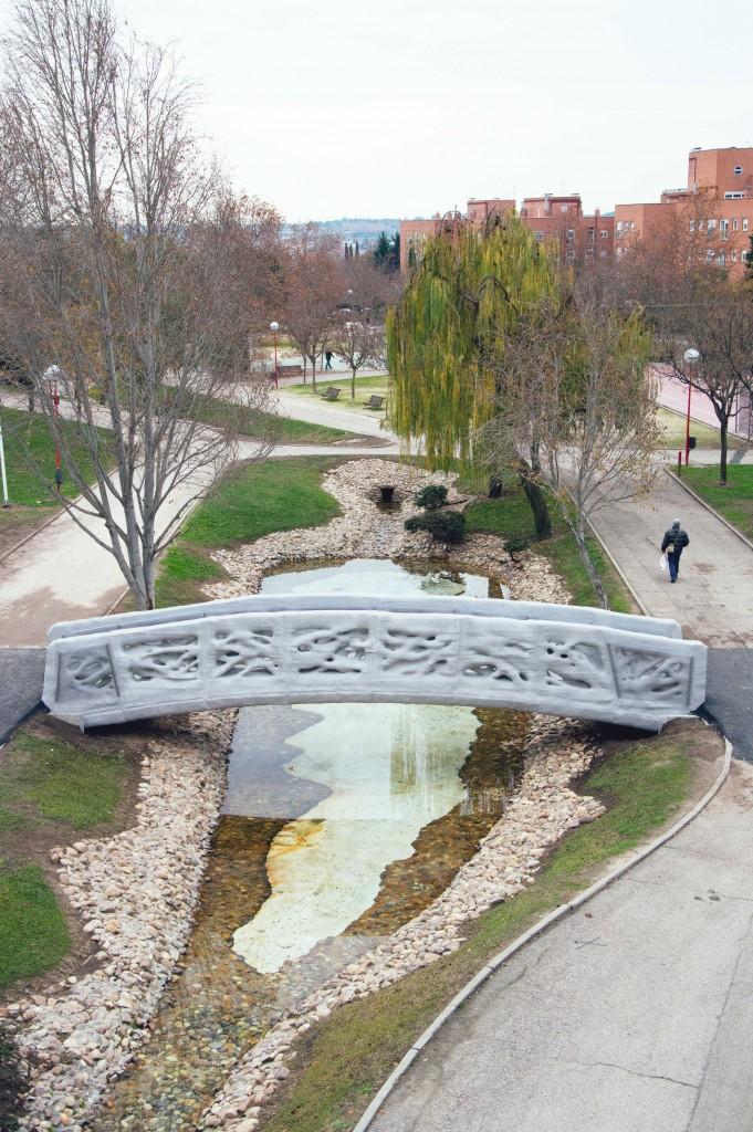 IAAC 3d-printed bridge